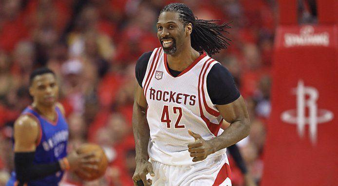 Nene Hilario trouve un nouvel accord avec les Rockets pour un contrat de 11 millions de dollars sur trois ans