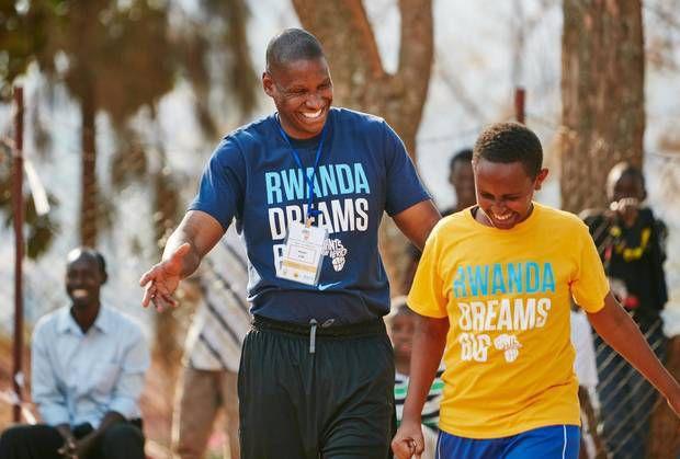 Masai Ujiri et les Giants of Africa seront cet été au Rwanda, Ouganda, Kenya, Nigéria, Côte d'Ivoire et au Sénégal