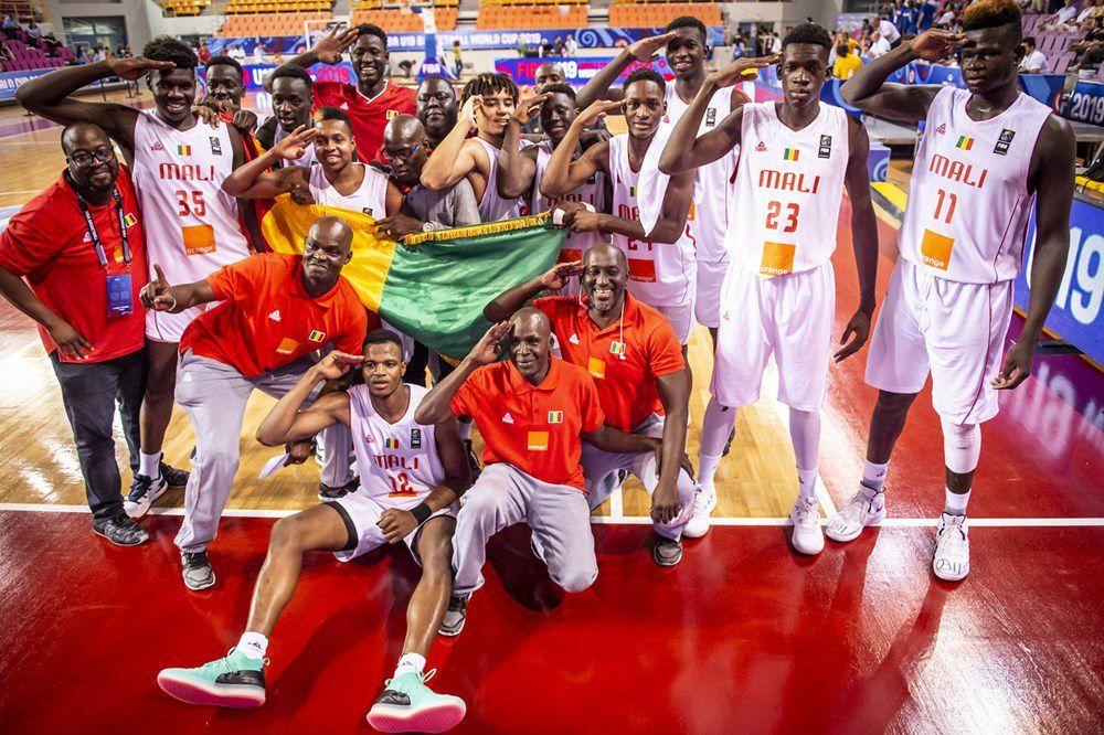 Coupe du monde FIBA des U19 : le Mali fait tomber la France et s'offre une qualification historique en finale