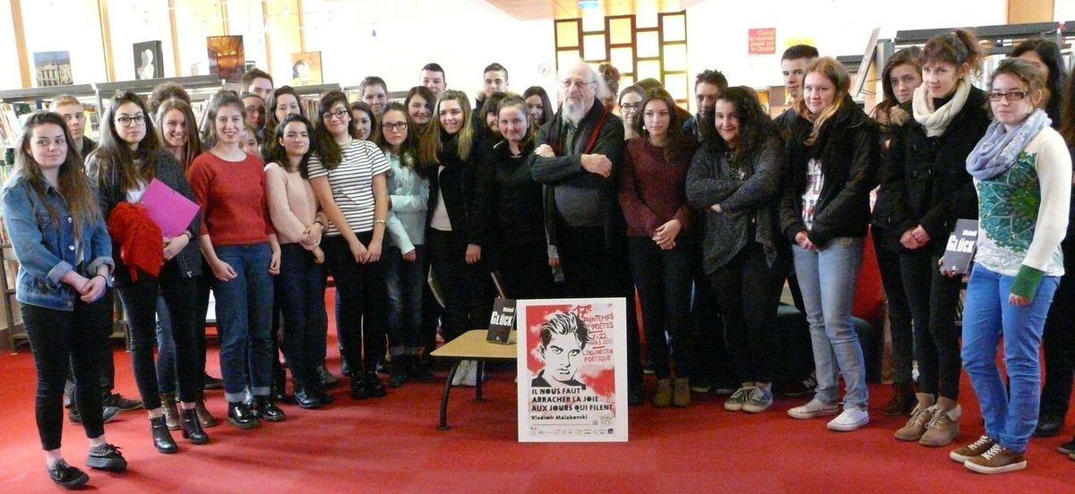 Printemps des poètes : les élèves de 1ES1 et de 1L rencontrent le poète Michaël Glück