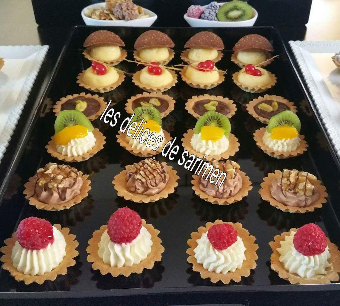 mini tartelettes aux fruits fruits secs les delices de sarimen. Black Bedroom Furniture Sets. Home Design Ideas