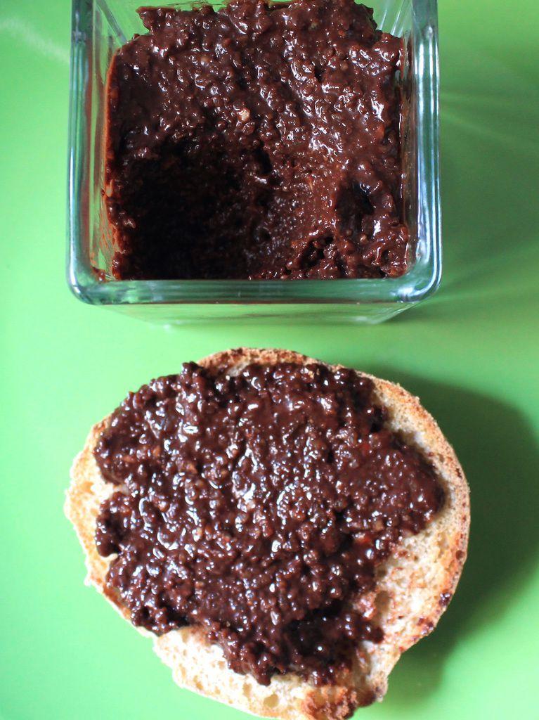 Pâte à tartiner rapide et végétalienne (première version)