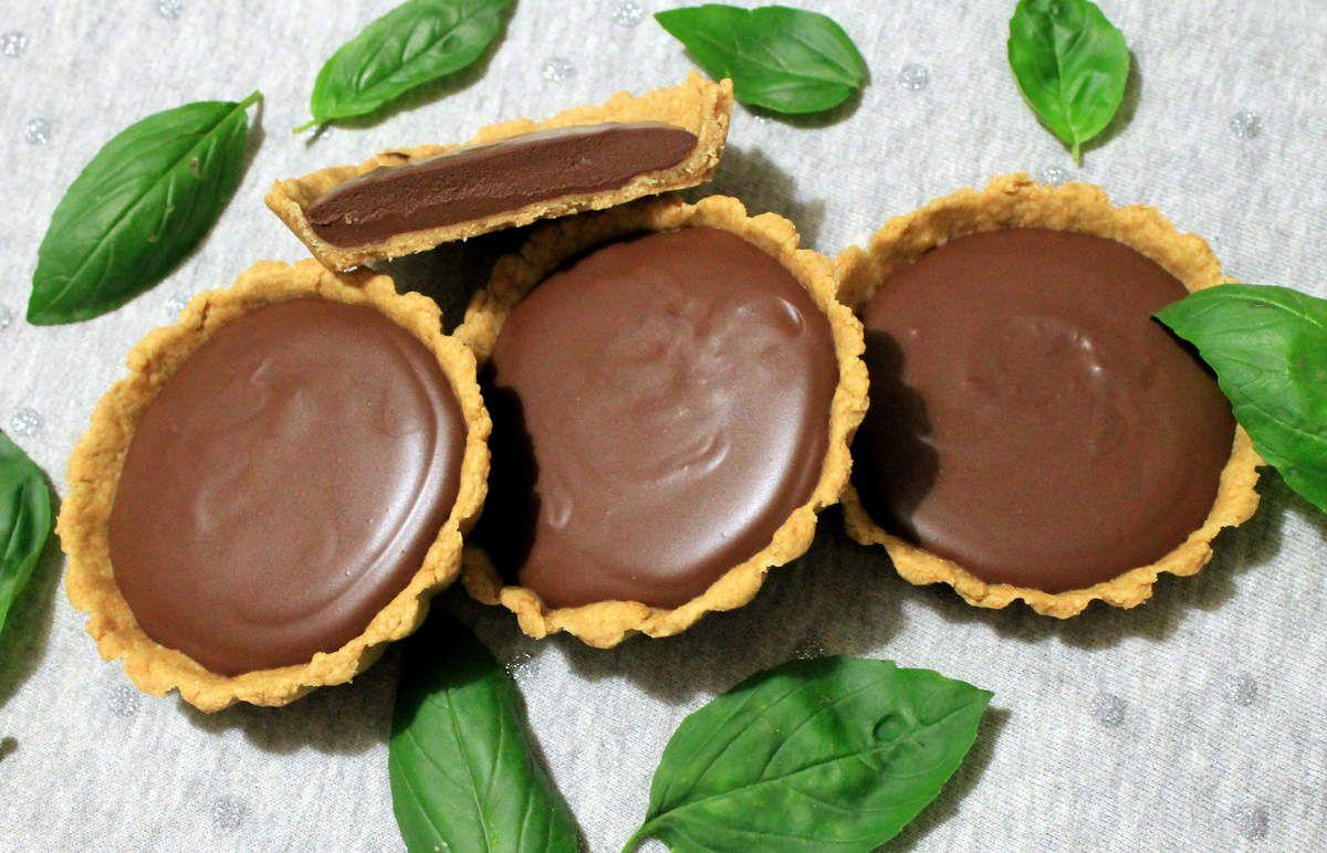Tartelettes chocolat-basilic (recette végétalienne)