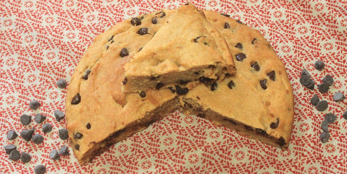 Gâteau au yaourt végétalien à la fleur d'oranger et au chocolat