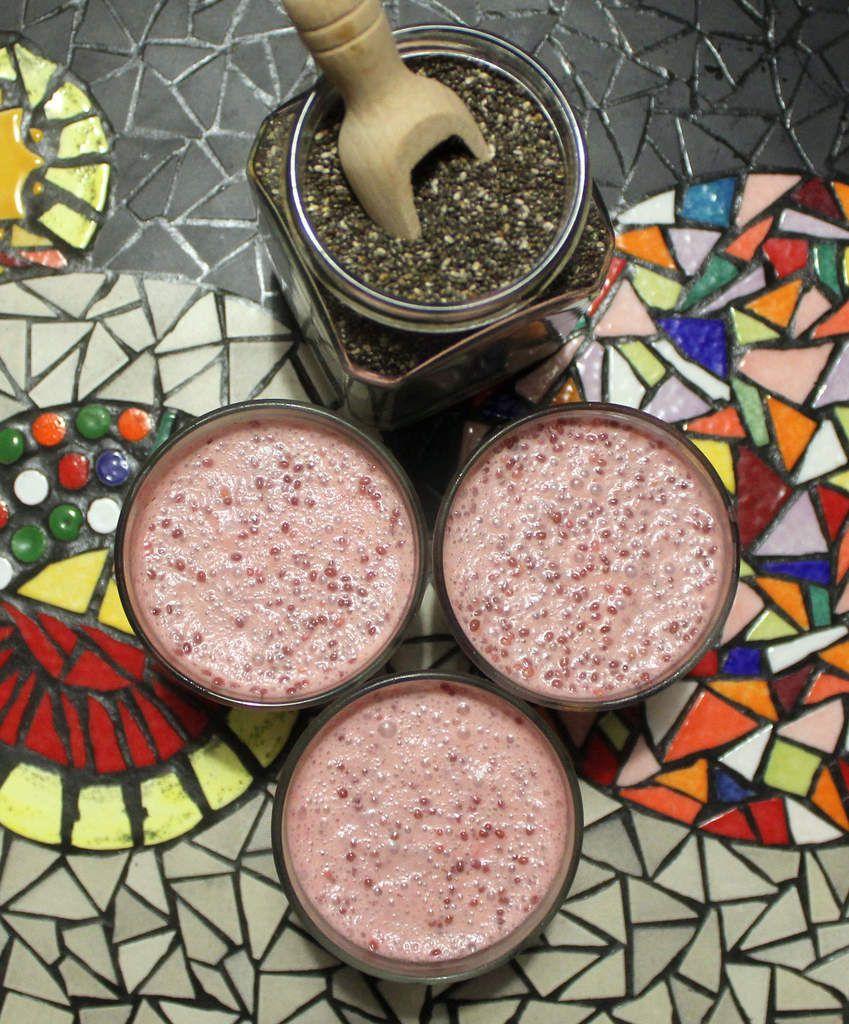 Pudding végétalien de graines de chia coco-framboises