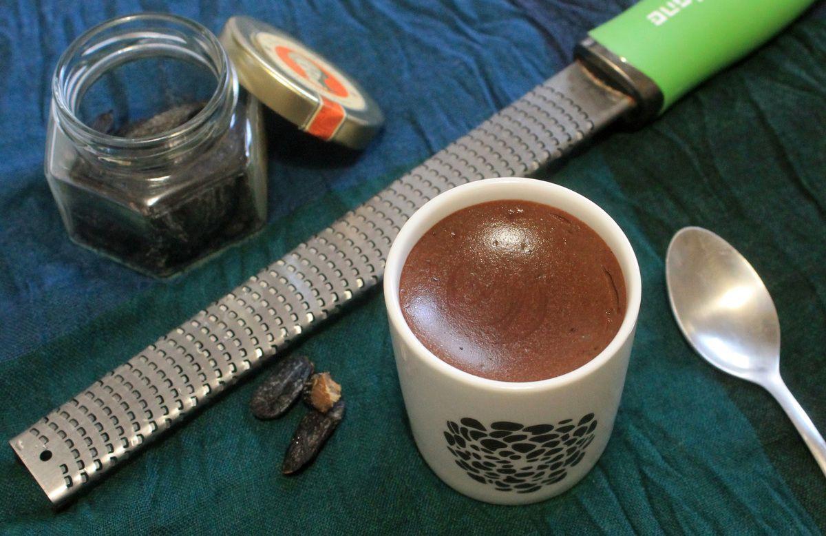 Crèmes végétaliennes chocolat-tonka