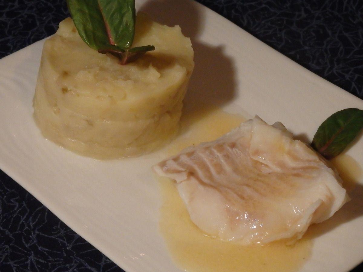Dos de cabillaud, beurre blanc et purée aux endives