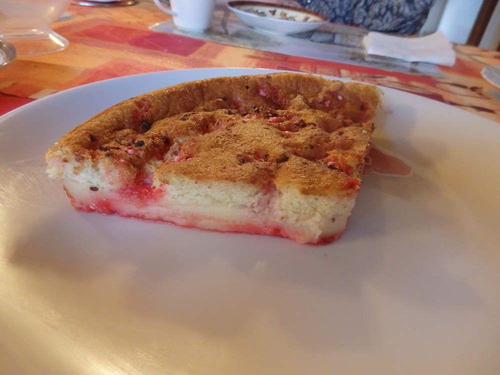 Gâteau magique aux pralines roses