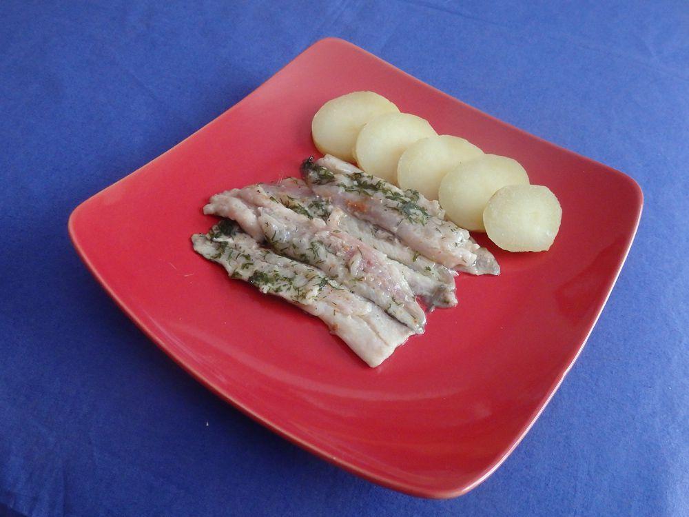 Sardines marinées à l'huile d'olive, citron et aneth