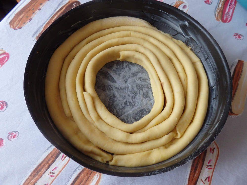 Spirale briochée prunes reine-claude et cannelle