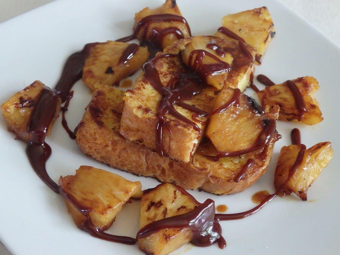 Pain perdu au massalé, ananas rôti et caramel au beurre, fleur de sel et chocolat noir