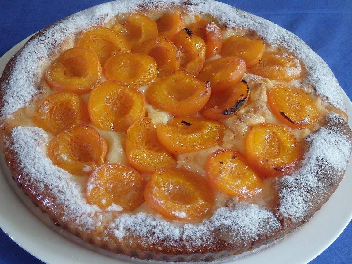 Tarte briochée aux abricots et chocolat blanc