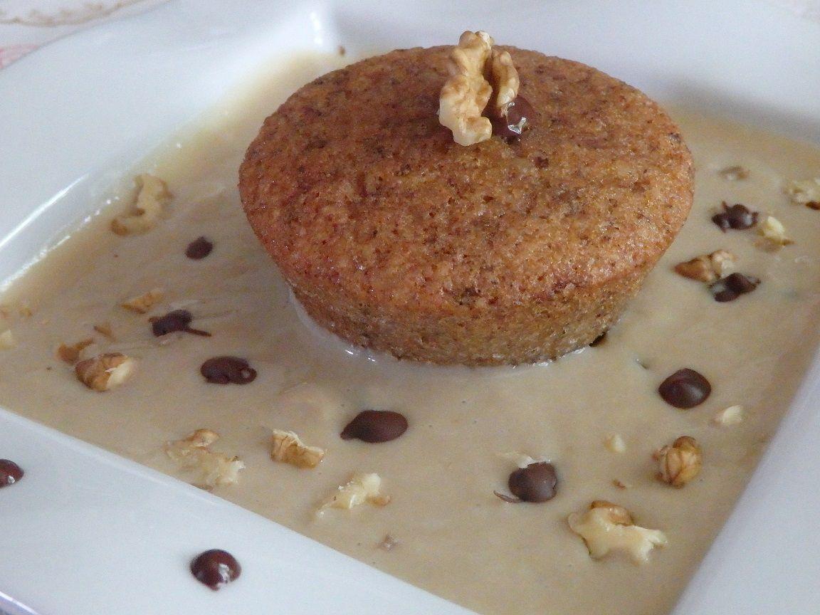Moelleux aux noix du Quercy, crème café