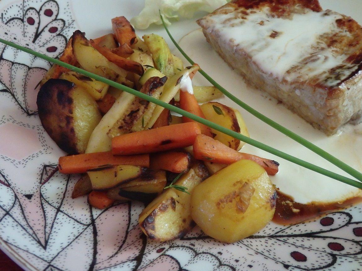 Grenadin de veau, sauce Rocamadour et petits légumes au thym