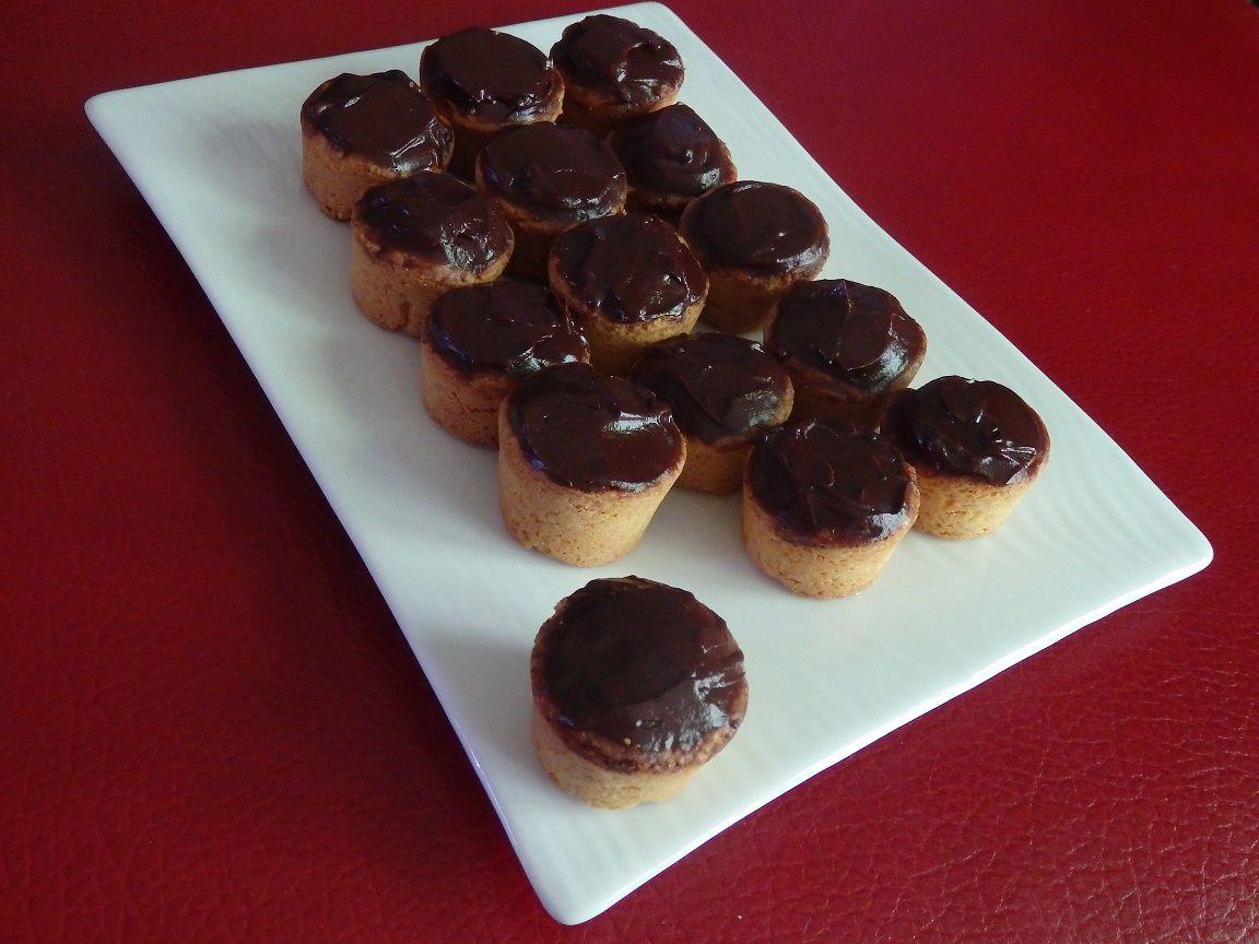 Palets bretons au chocolat et caramel beurre salé