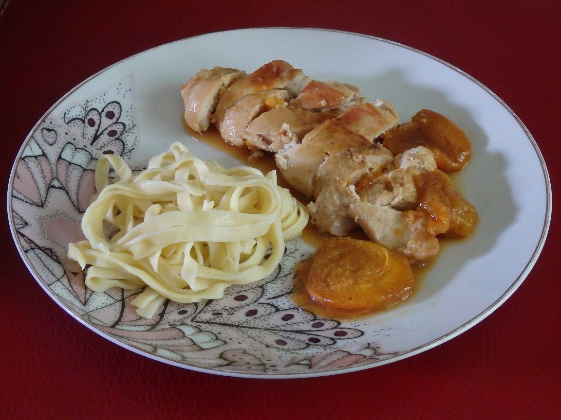 Blancs de poulet aux abricots