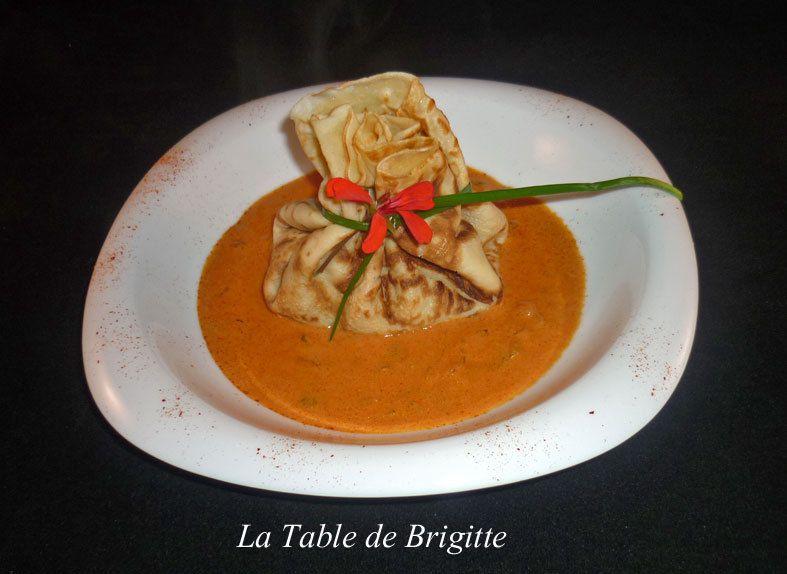 Aumonière de crevettes, sauce tomatée à l'armagnac