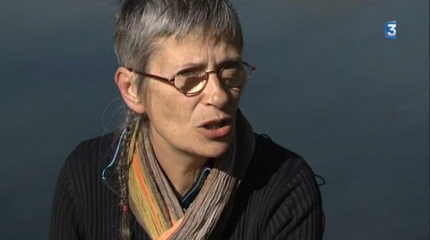 Oeuvre de Miryam Roux à Vouvant: Reportage en ligne. Cliquez sur l'image pour le regarder!