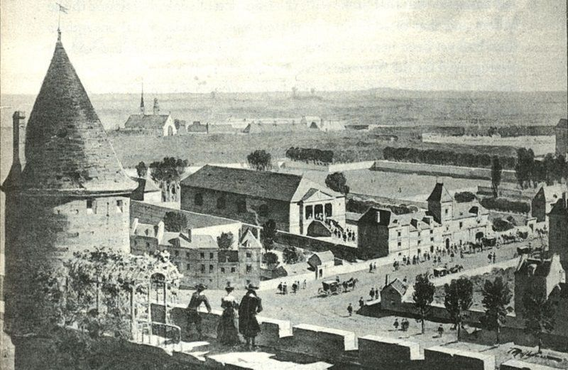 Ancien Jeu de Paume du Bel-Air, rue de Vaugirard (vers l'actuel no 13 bis, à l'angle de l'ancienne rue des Fossées-de-Nesles, actuellement rue de Médicis) (Credit: Roger-Viollet).