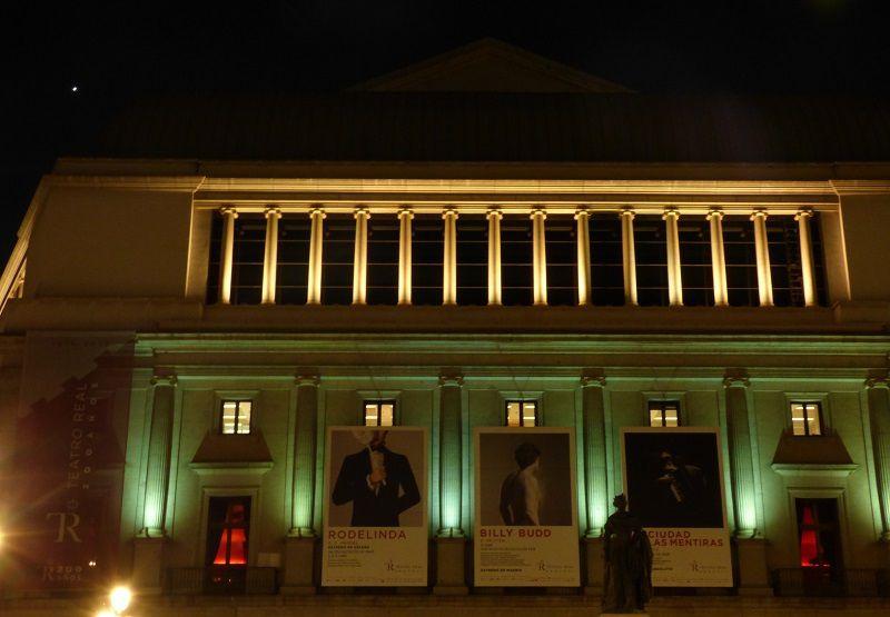 Vénus surplombant le Teatro Real - le 20 février 2017