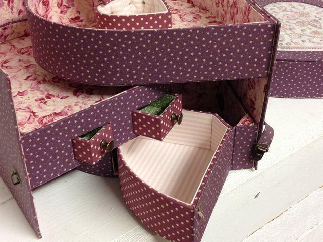 Une boîte ... 3 coeurs ...