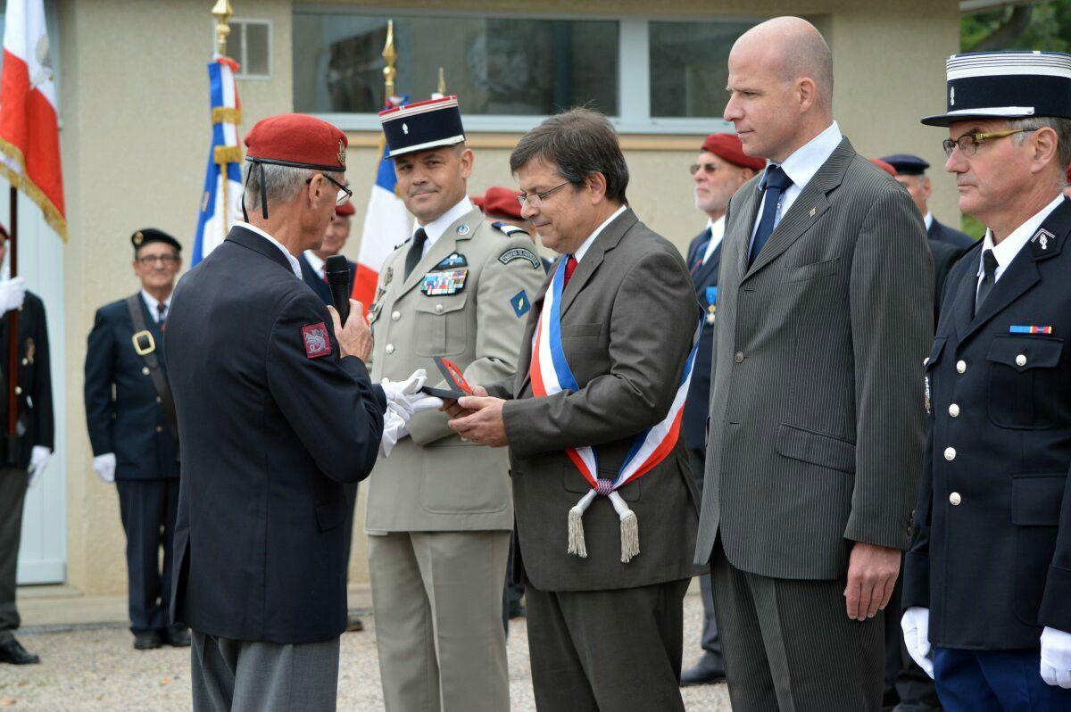 Cérémonie de la Saint Michel Parachutiste (de l'UNP) à Biviers