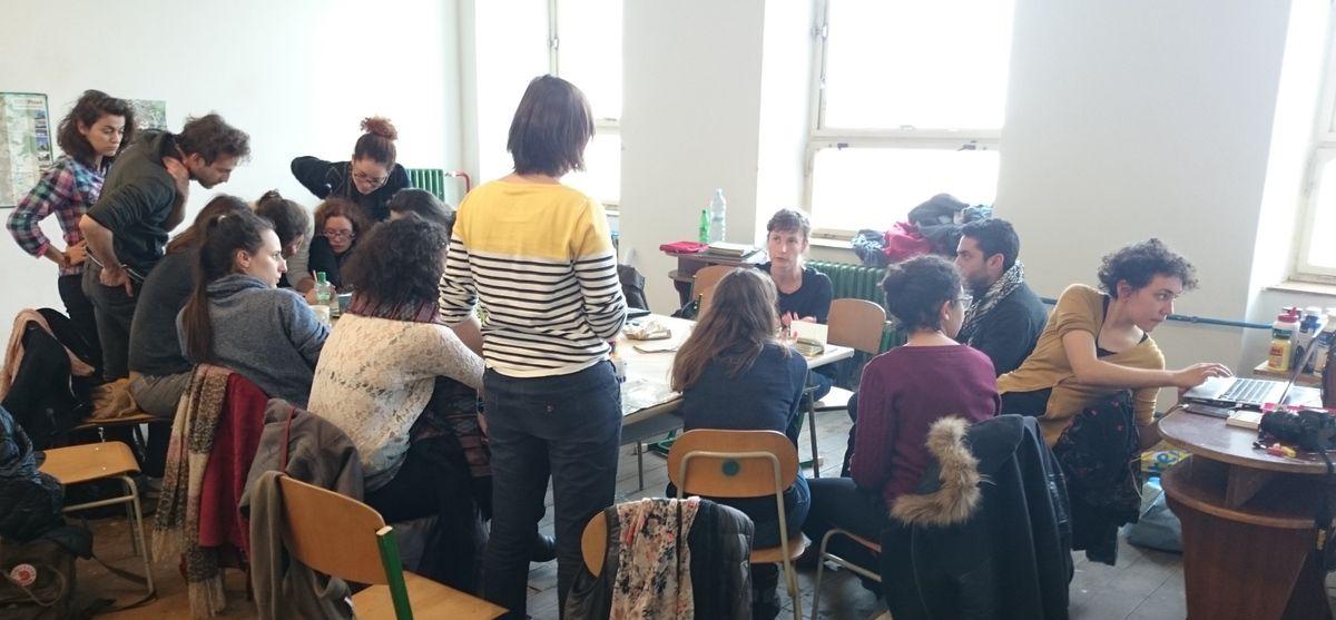 Les étudiants du Master au travail à Pilsen, capitale européenne de la culture (République Tchèque), pour préparer un parcours urbain qui sera proposé aux professionnels membres du réseau européen pour l'art en espace public IN SITU (31 mars 2015).