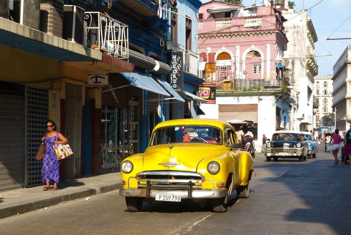Dans Centro Habana