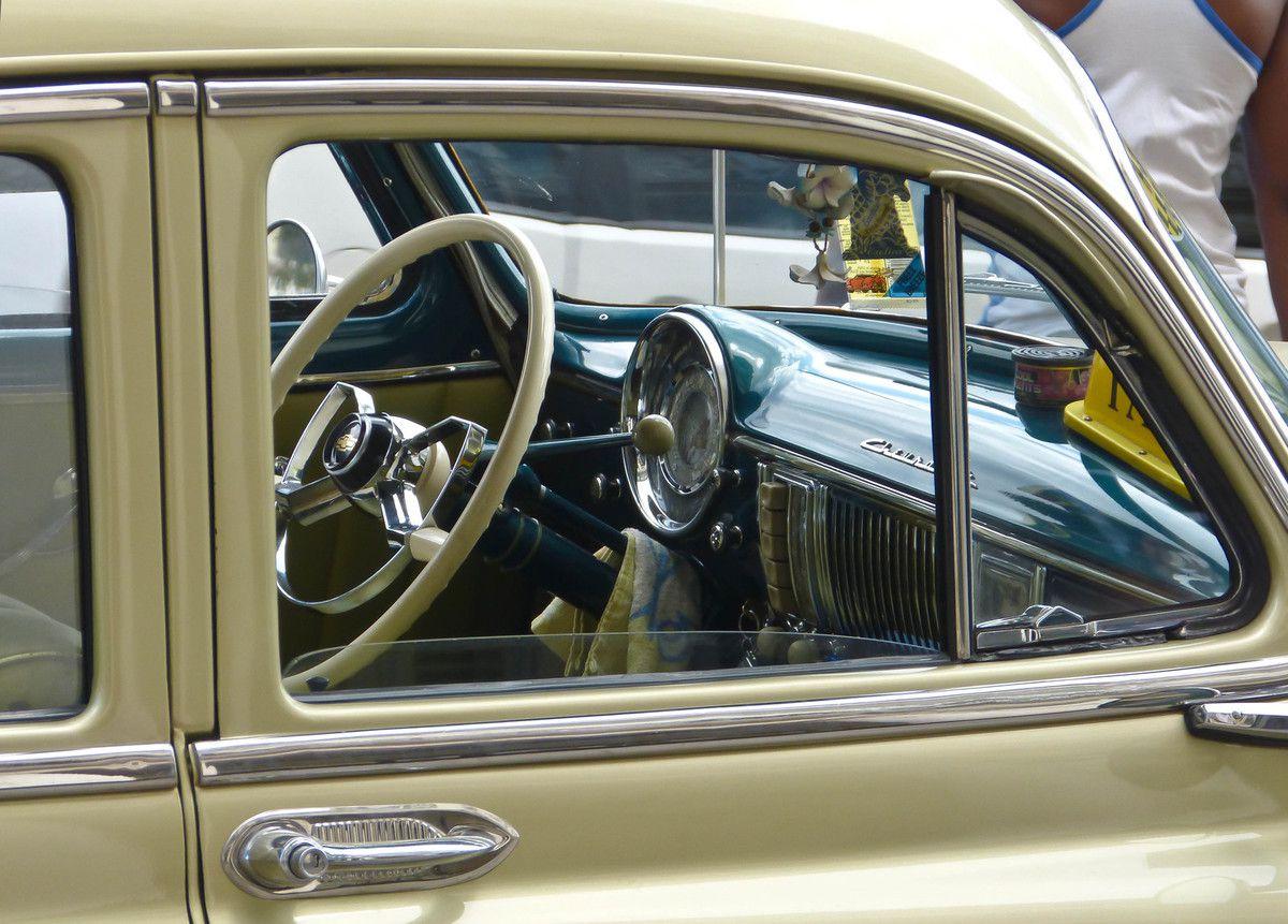 Devinette du samedi 18 avril 2015 - Suite - Le musée des voitures de Cuba