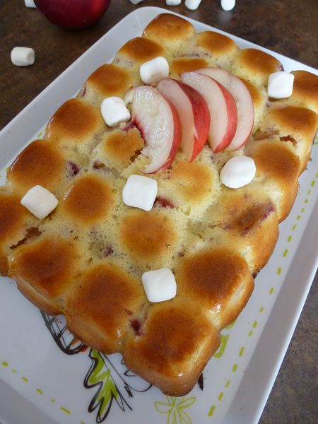 Cake aux nectarines et aux chamallows
