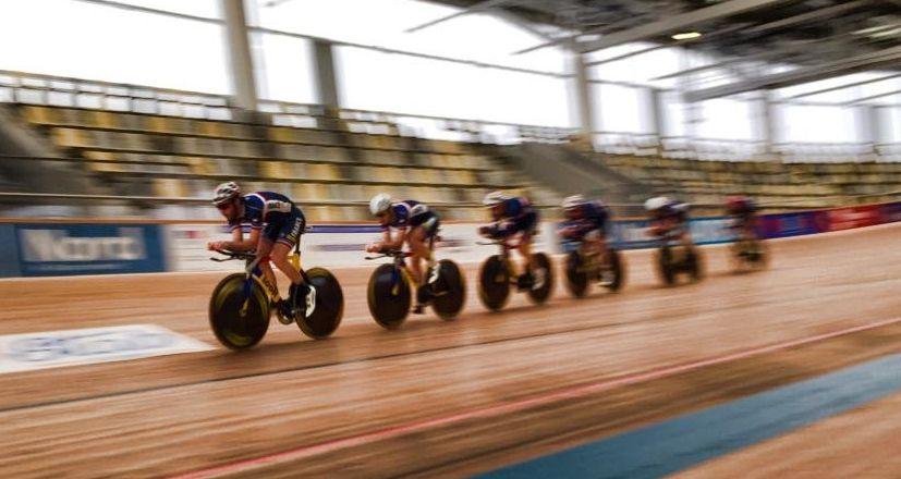 Entrainement de la poursuite sur le vélodrome de Roubaix