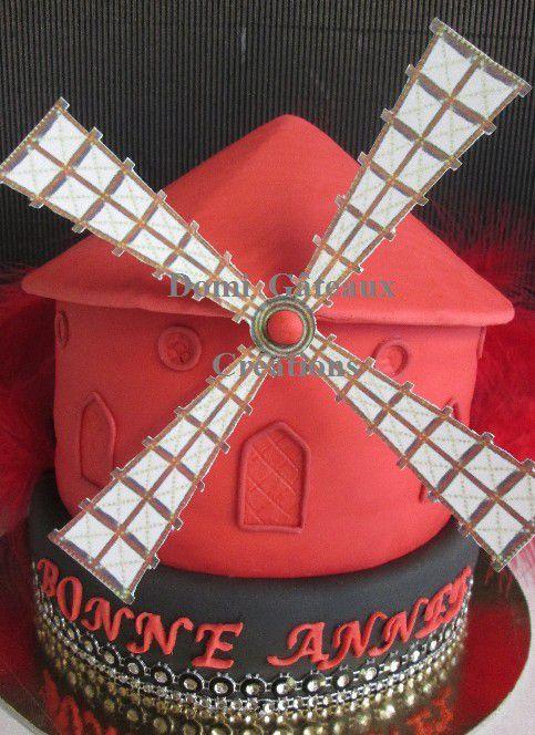 Gâteau &quot&#x3B;Moulin Rouge&quot&#x3B; en Pâte à Sucre