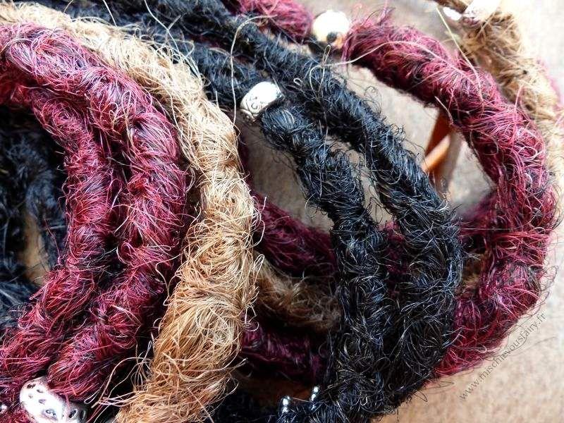 les crochetées unies et le détail du rendu au crochet