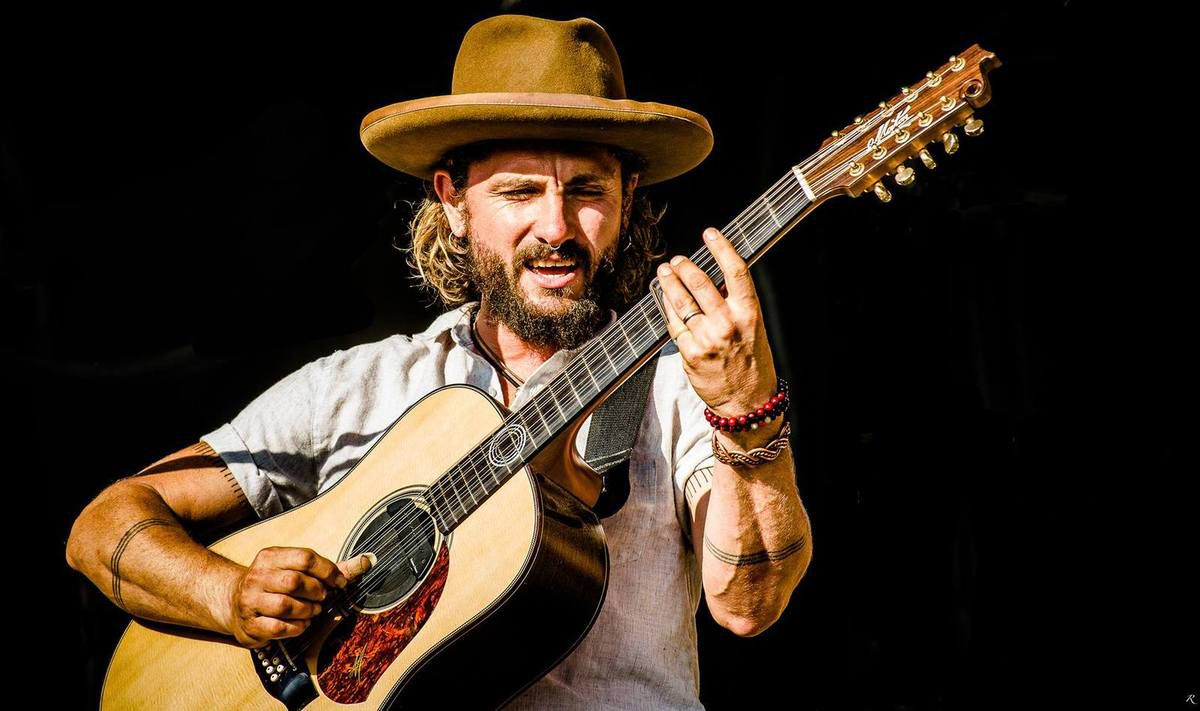 John Butler : photo - Ray Flex