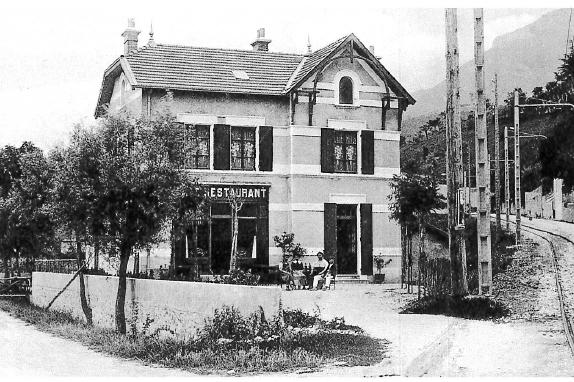 Seyssinet - Pacalaire avant la montée pour aller au village de Pariset (ce bâtiment est toujours existant)