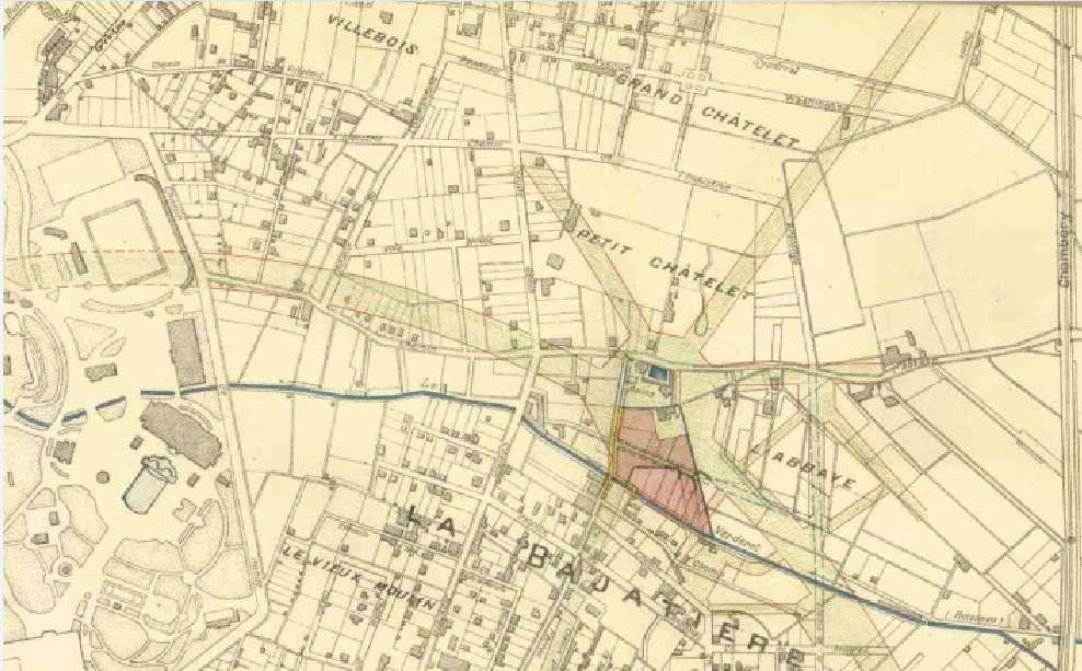 Début des années 1920: au Sud-Est des remparts et du polygone du génie (futur parc Paul Mistral): beaucoup de champs et quelques hameaux. En Bleu: le torrent du Verderet ( aujourd'hui dans des tuyaux enterrés)