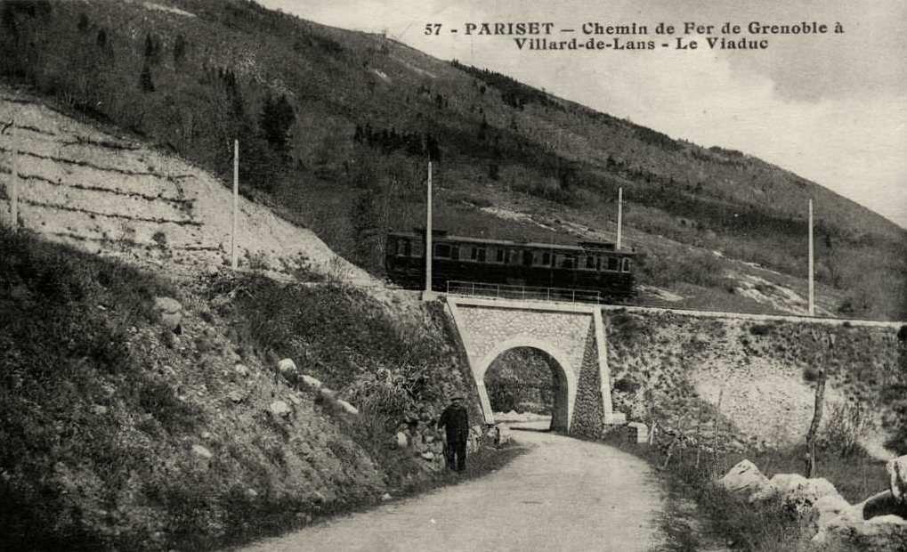 Entre la Tour sans venin et Saint-Nizier (le pont est toujours en état)
