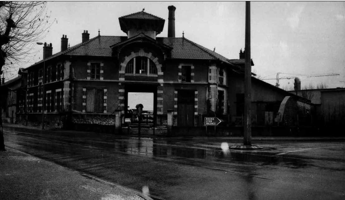 Les anciens abattoirs.Les 3 dernières photos , entrée des abattoirs, datent de la fin des années 1970