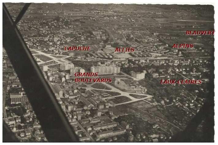Vue aérienne  de Grenoble ( vers 1940)