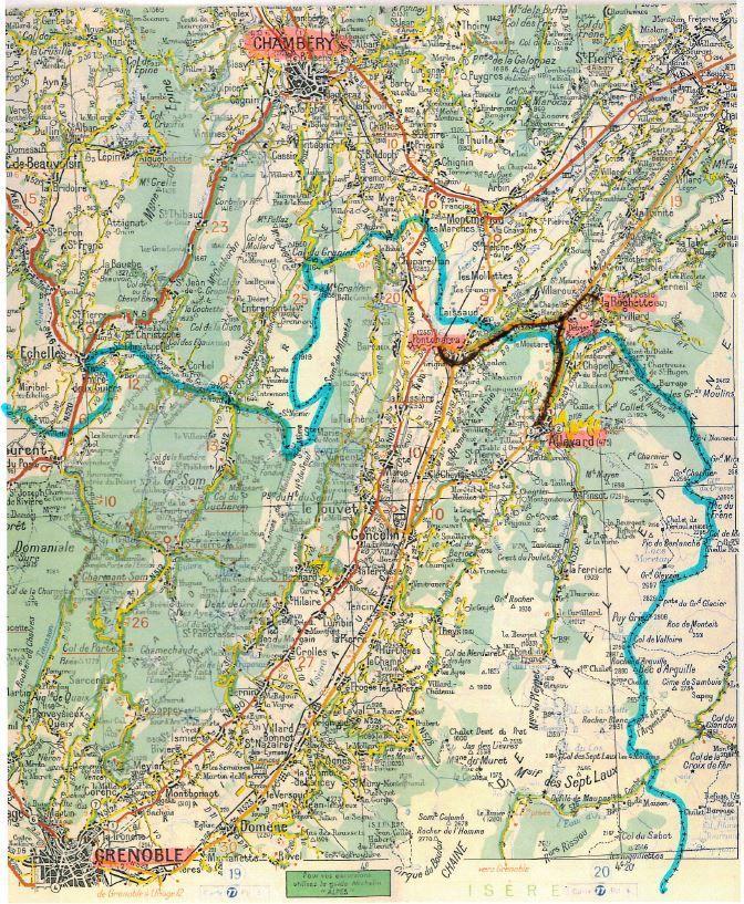 Le parcours de cette petite ligne entre Savoie et Département de l'Isère (carte routière Michelin de 1965)