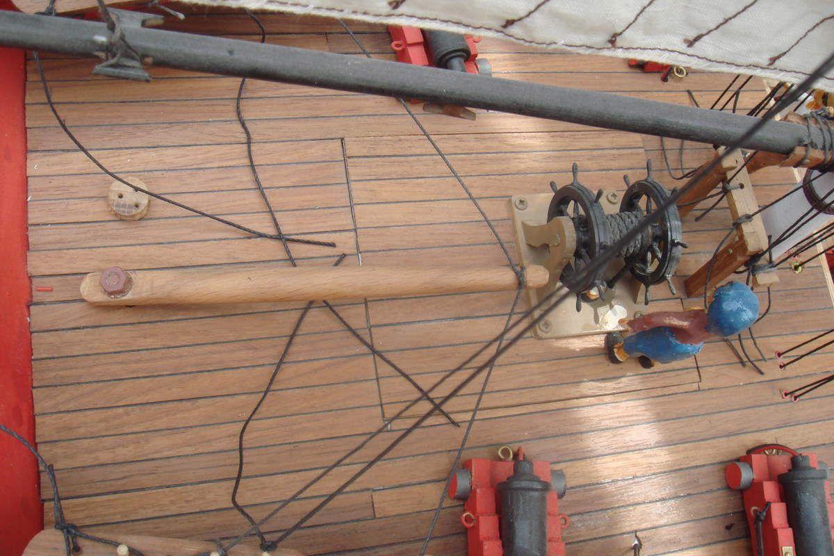 Elle a été réalisé dans un bloc de buis  étant donner que le buis ce travail très bien au tour a bois