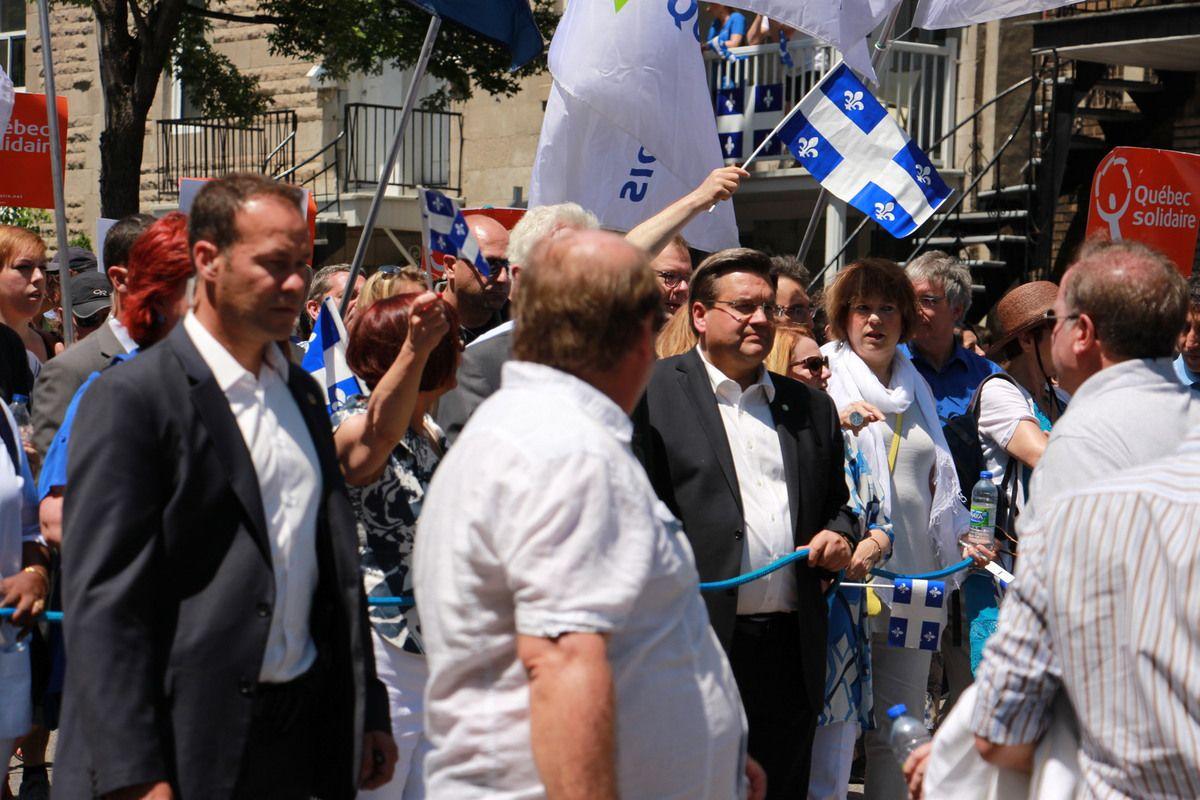 La maire de Montréal et le 1er ministre du Québec ( il est caché, on voit juste ses cheveux blanc)
