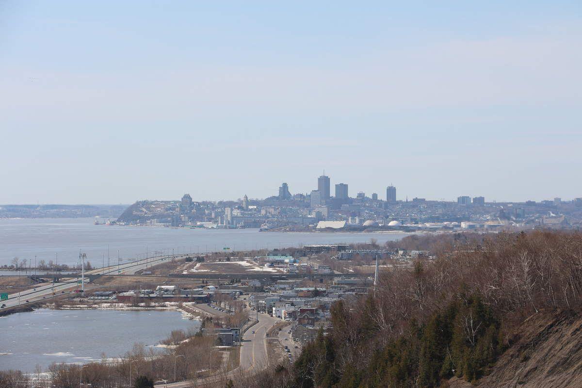 Les chutes de Montmorency au printemps, 15 avril 2017
