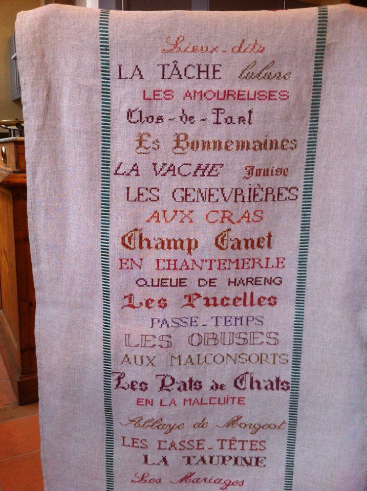 Les climats de Bourgogne sur un chemin de table brodé...