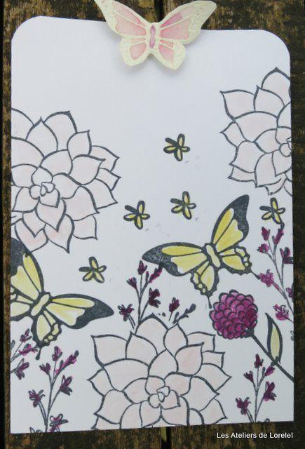 """Les motifs sont tamponnés avec l'encre """"Mémento"""" et colorisé avec les encreurs SU et le crayon estompe"""