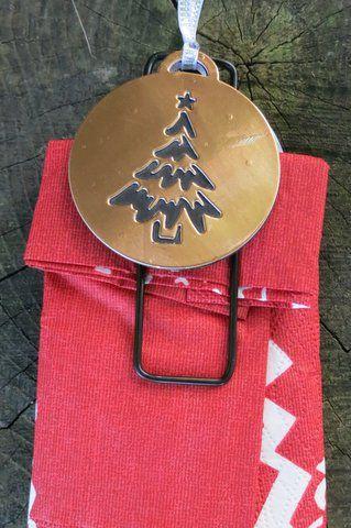 Marque place décoratif ou boule de noël à mettre dans le sapin