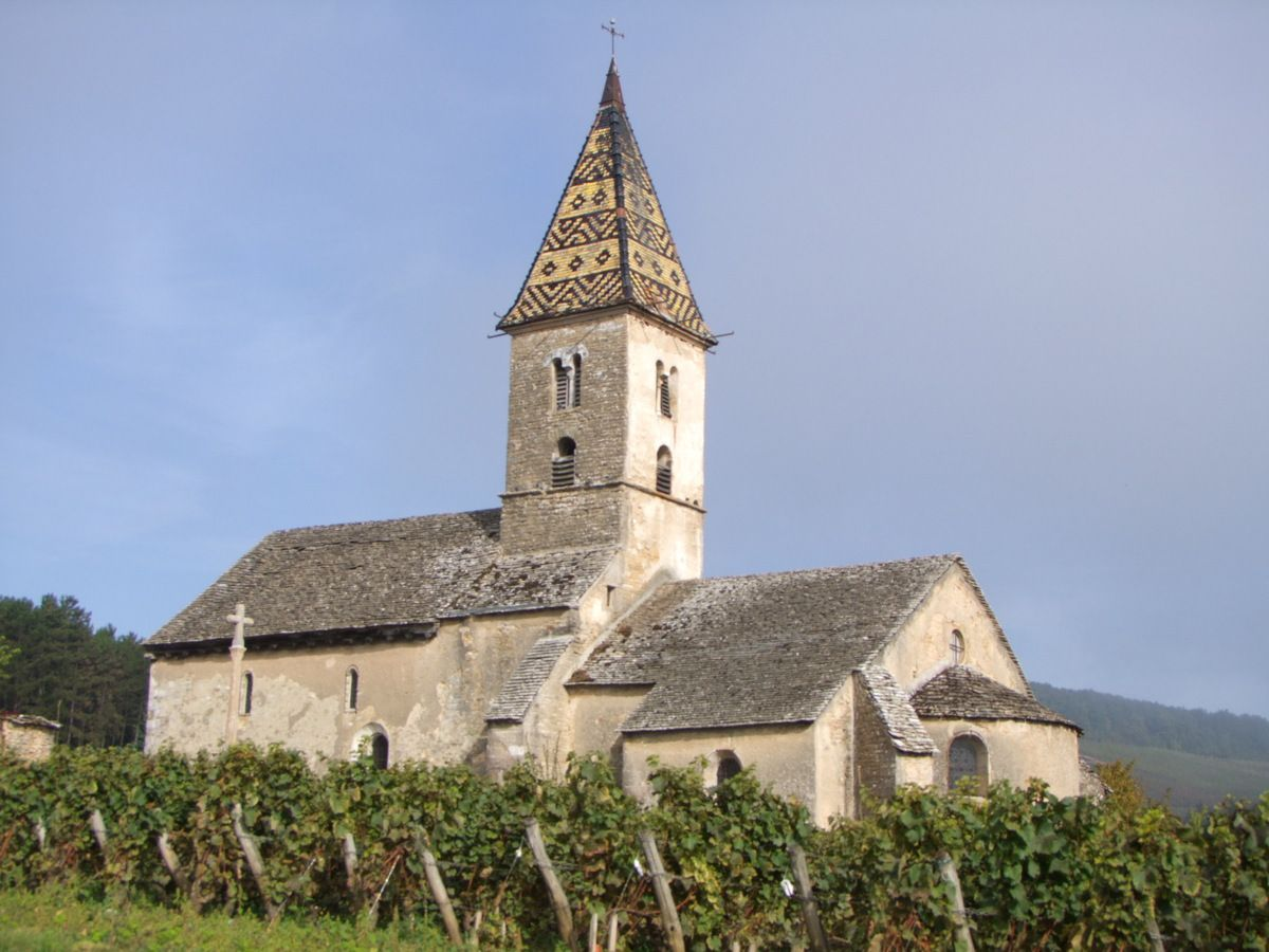 L'EGLISE ROMANE DE FIXEY ( Côte d'Or)