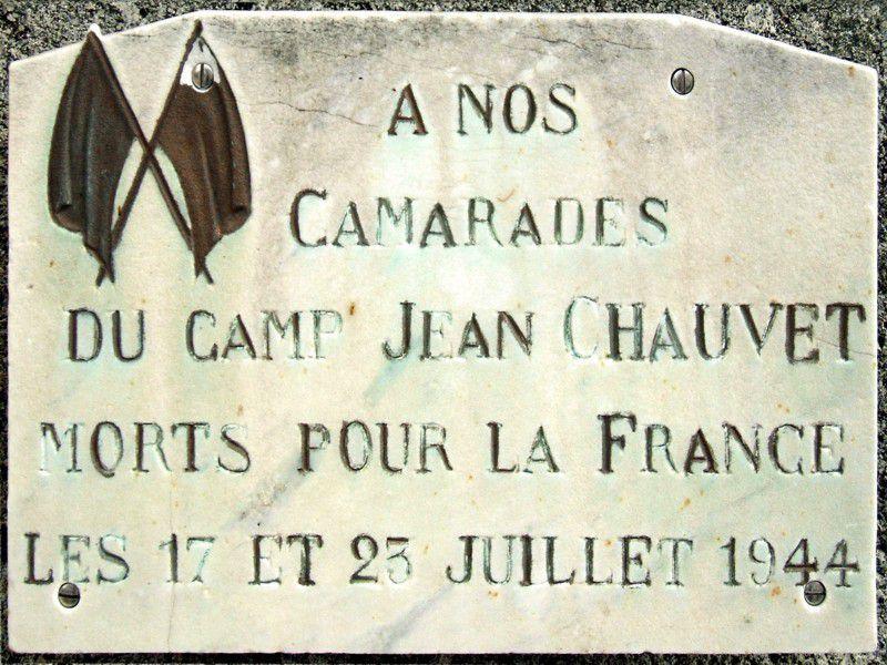 Plaque commémorative à Ebreuil