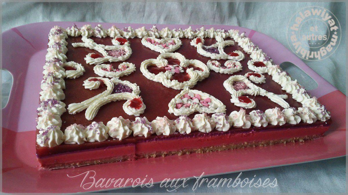 bavarois aux framboises et gâteau au chocolat