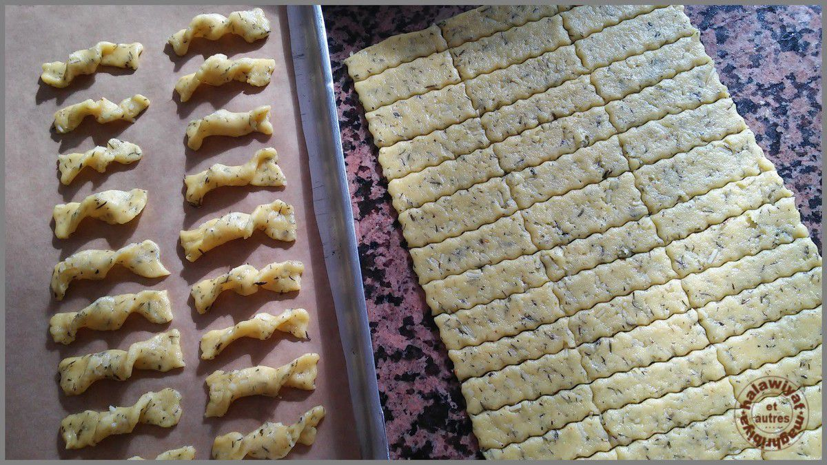 assortiment de biscuits pour Achoura